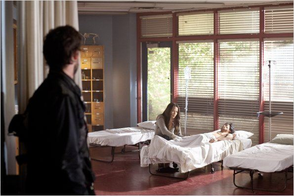 Photo Moon Bloodgood, Noah Wyle, Peter Shinkoda