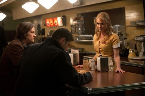 Supernatural : photo Jared Padalecki, Jensen Ackles, Samantha Smith