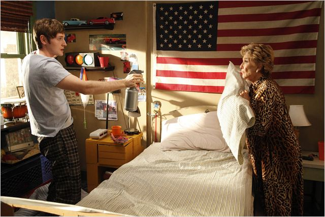 Raising Hope : photo Cloris Leachman, Lucas Neff