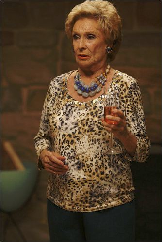 Raising Hope : photo Cloris Leachman