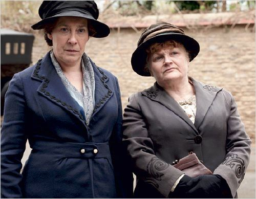 Photo Lesley Nicol, Phyllis Logan
