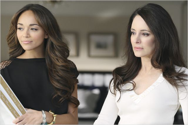 Revenge : photo Ashley Madekwe, Madeleine Stowe