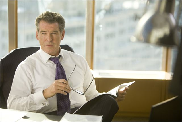 Mais comment font les femmes ? : photo Pierce Brosnan