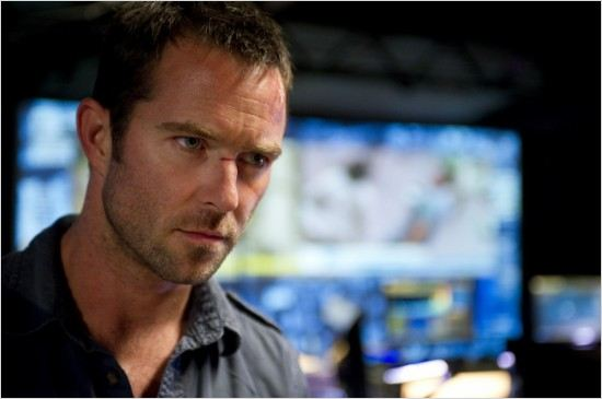 Photo Sullivan Stapleton