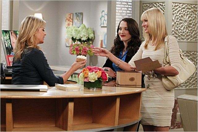2 Broke Girls : photo Allison Dunbar, Beth Behrs, Kat Dennings