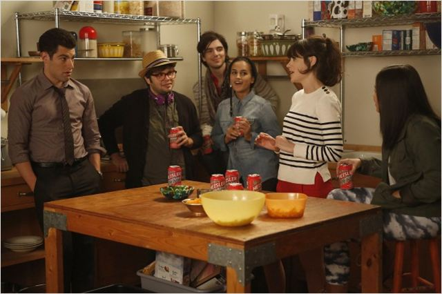 New Girl : photo Charlie Saxton, Jasmine Di Angelo, Jinny Chung, Max Greenfield, Morgan Krantz