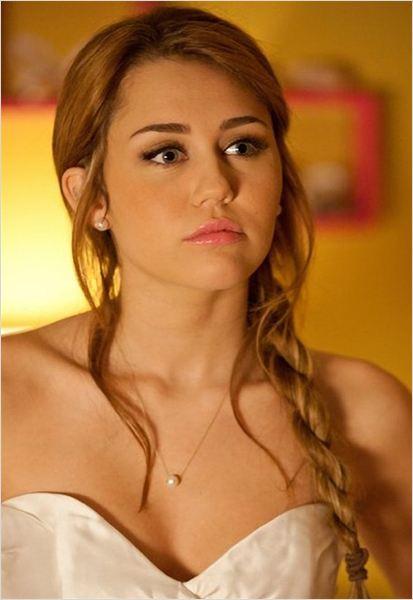 Miley Cyrus : Photo - Mademoiselle Détective