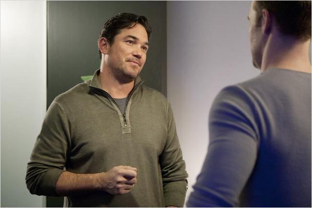 Don't Trust The B---- in Apartment 23 : photo Dean Cain