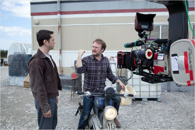Looper : photo Joseph Gordon-Levitt, Rian Johnson