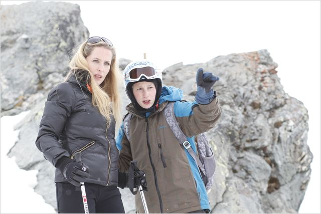 L&#39;Enfant d&#39;en Haut : photo Gillian Anderson, Kacey Mottet Klein