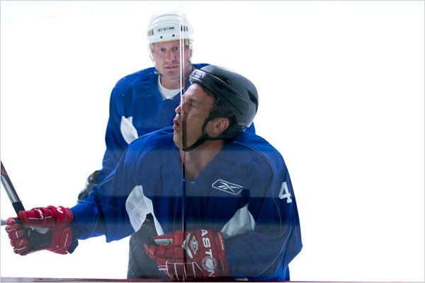 Go On : photo Jeremy Roenick, Matthew Perry