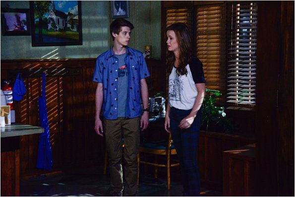 mackenzie lintz and colin ford - photo #22