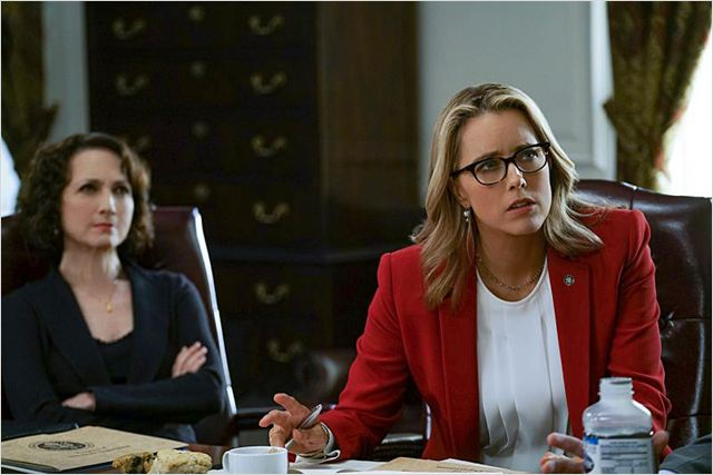 Madam secretary photo de bebe neuwirth et tea leoni 140 for Is bebe neuwirth leaving madam secretary