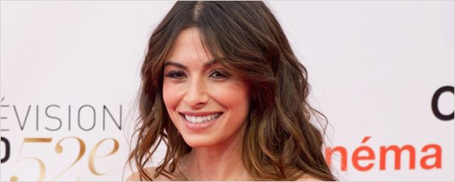 "Sarah Shahi de retour dans la saison 3 de ""Person of Interest"""