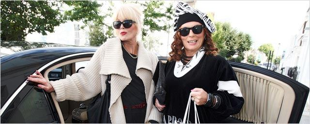 Absolutely Fabulous : Jennifer Saunders et Joanna Lumley trinquent sur la 1ère photo de tournage