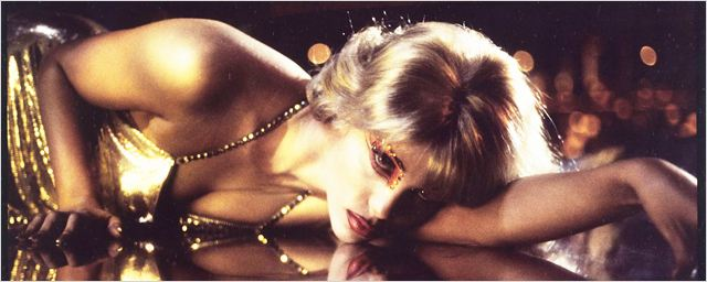 Ressortie de Showgirls : de Jennifer Lopez aux 13 Razzies, 5 choses à savoir sur le film-culte !