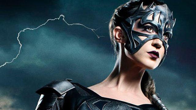 Supergirl : la méchante Reign attaque dans le teaser du final de mi-saison