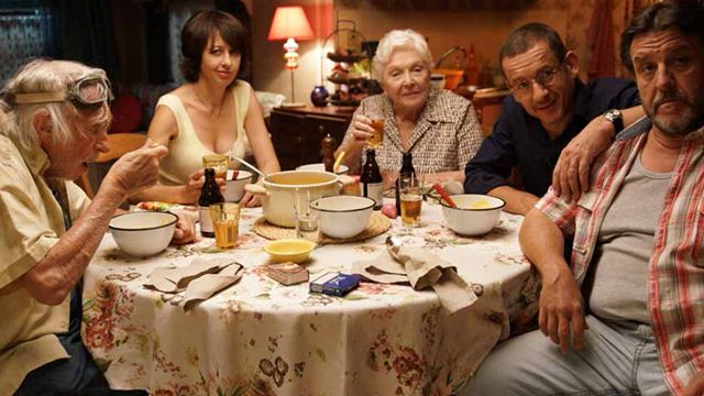Sorties cinéma : La Ch'tite famille de Dany Boon séduit les Parisiens