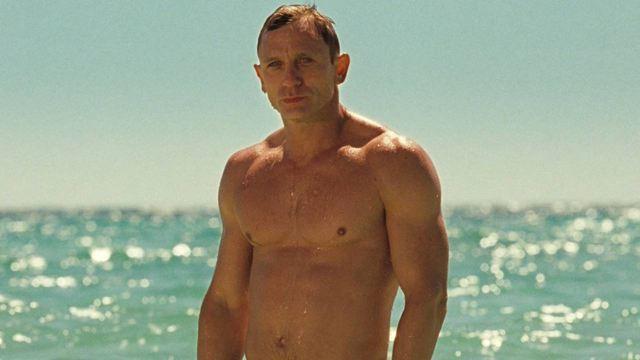 Daniel Craig, Sylvester Stallone… : le classement des acteurs le plus souvent torse nu à l'écran