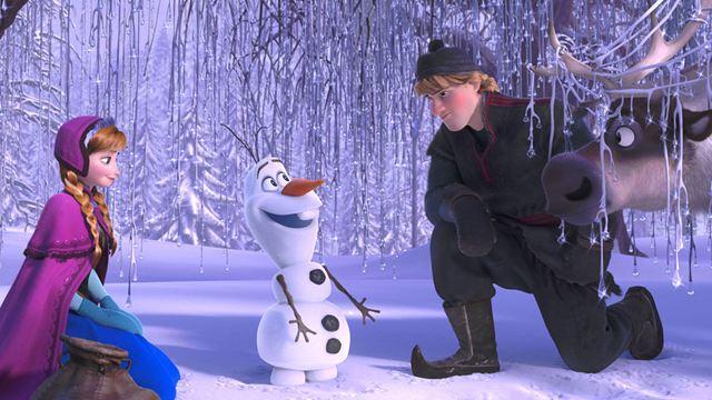 Disney+ : La Reine des Neiges, Une fête givrée… 5 scènes attendrissantes avec Olaf