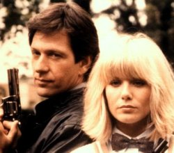 Affiche de la série Dempsey and Makepeace