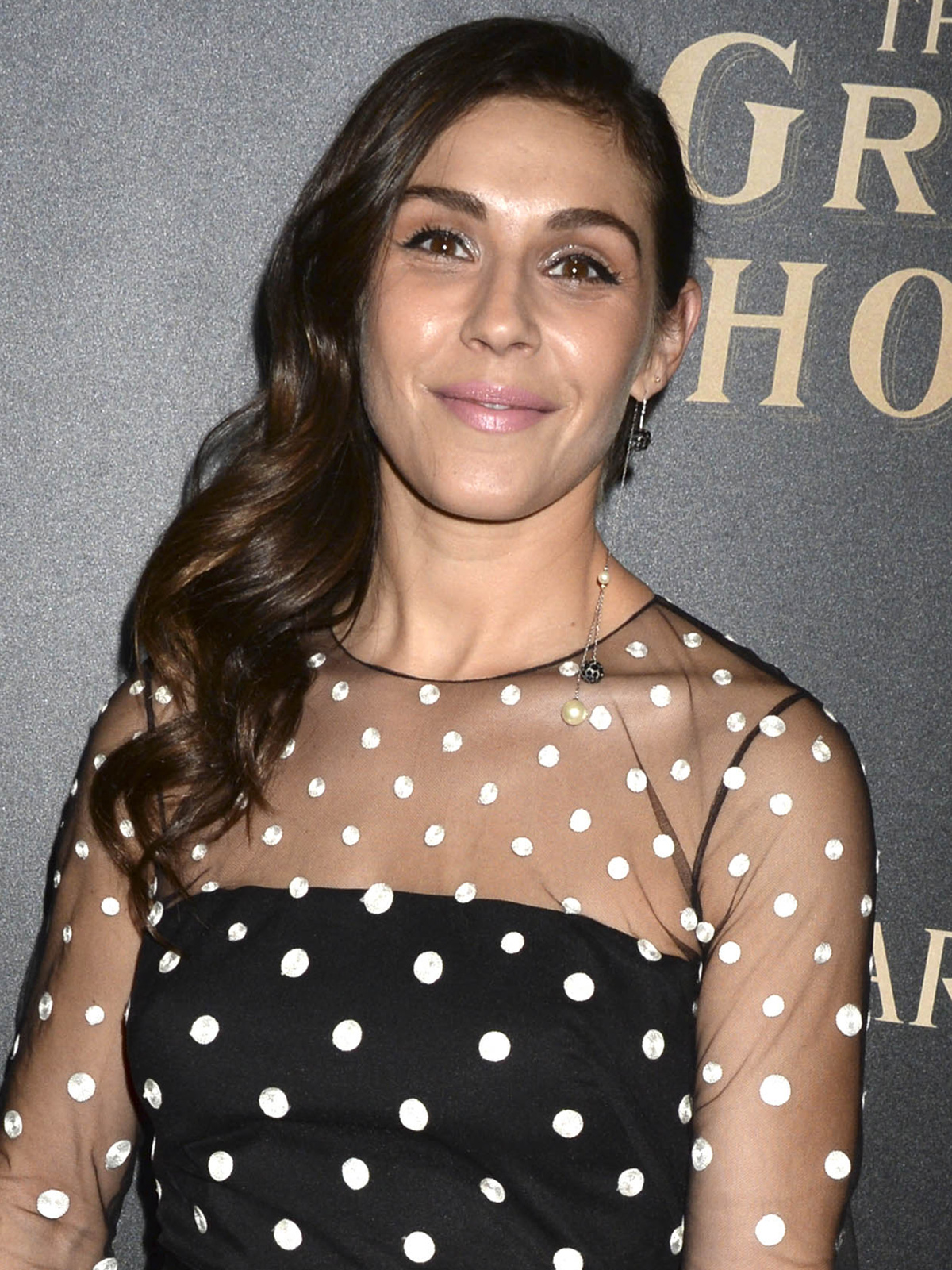 Lili Mirojnick Allocine Lili mirojnick was born in new york city, to ellen mirojnick, a costume designer and actress (best known for designing costumes for the 2009 film g.i. https www allocine fr personne fichepersonne gen cpersonne 212486 html