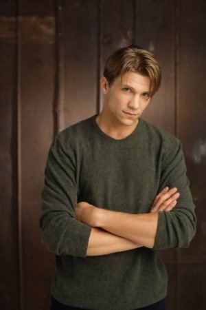 Buffy contre les vampires : Photo Marc Blucas