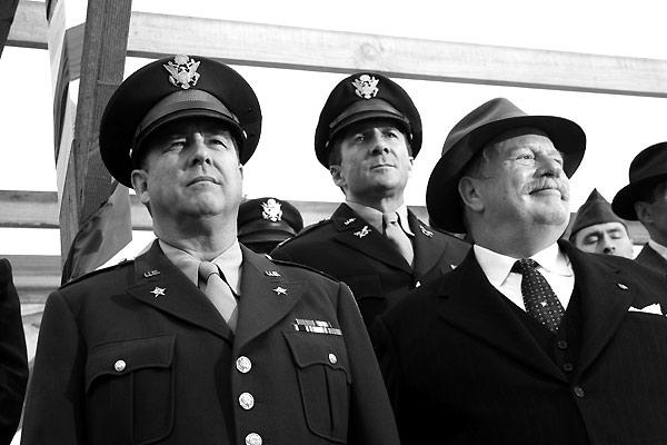 Beau Bridges, Leland Orser et Jack Thompson