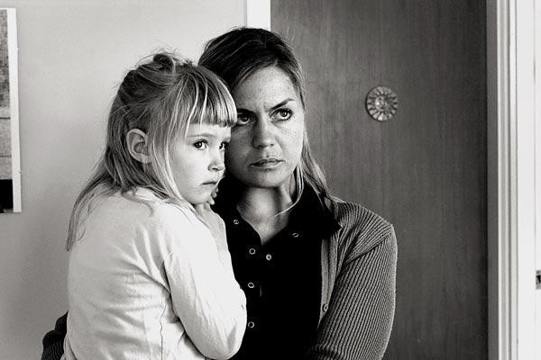 Children : Photo Nína Dögg Filippusdóttir, Ragnar Bragason