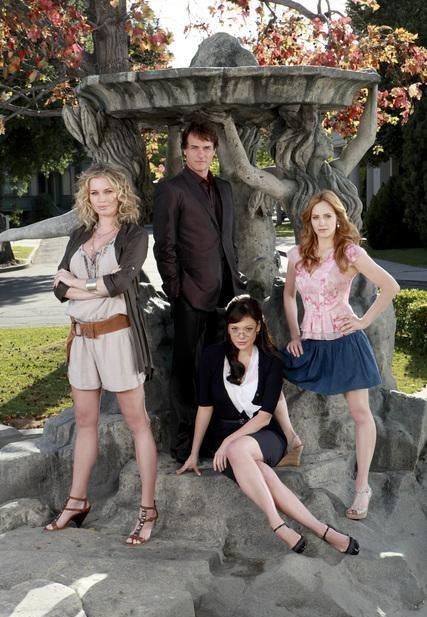 Les mystères d'Eastwick : Photo Jaime Ray Newman, Lindsay Price, Paul Gross, Rebecca Romijn
