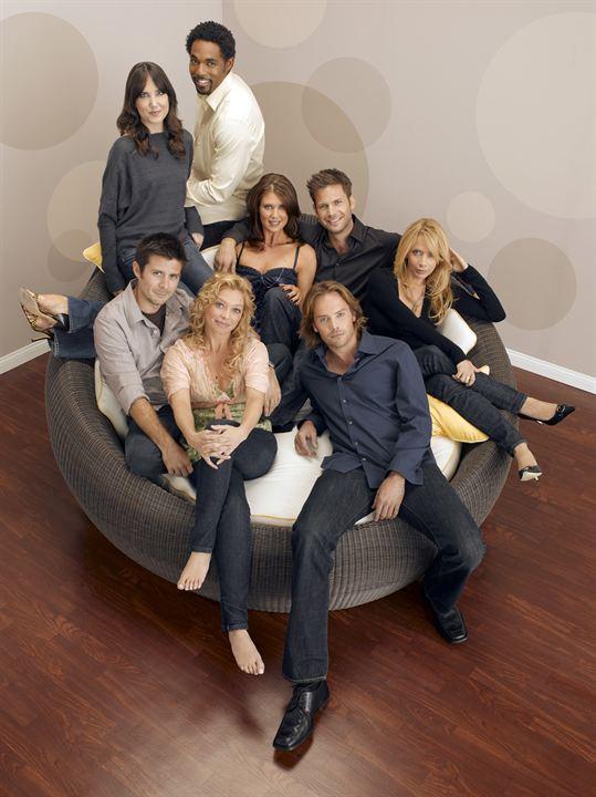 What about Brian : Photo Amanda Detmer, Amanda Foreman, Barry Watson, Jason George (II), Matthew Davis