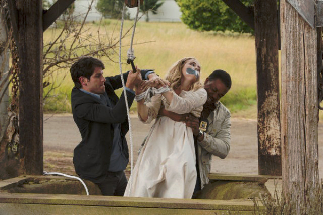 Photo David Giuntoli, Maddie Hasson, Russell Hornsby