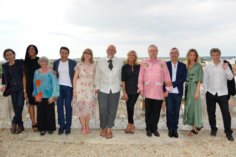 Dominique Besnehard entouré du jury de cette 10e édition du festival