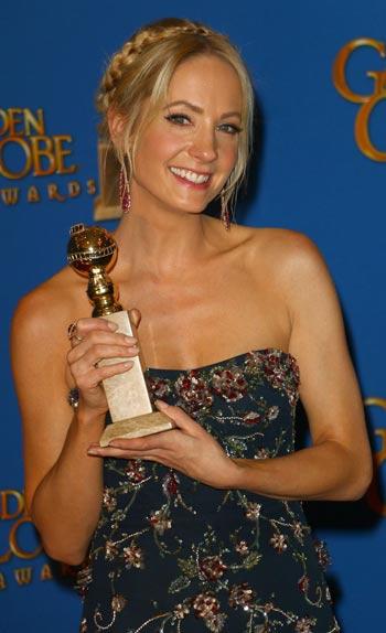 Un Golden Globe de la meilleure actrice dans un second rôle pour Downton Abbey.