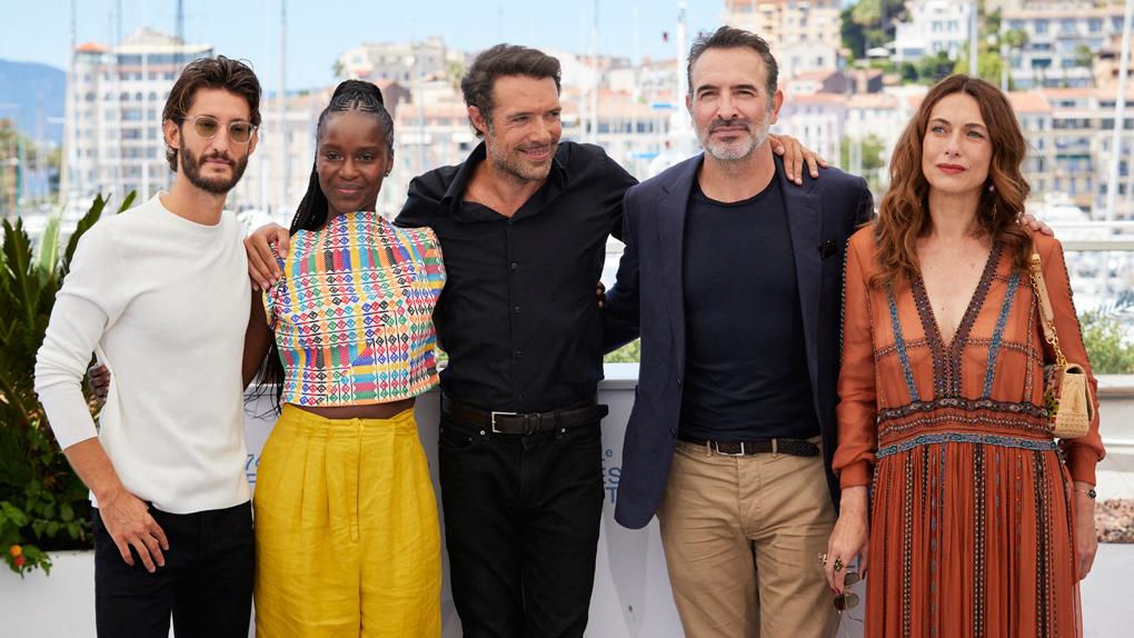 Pierre Niney, Fatou N'Diaye, Nicolas Bedos, Jean Dujardin et Natacha Lindinger