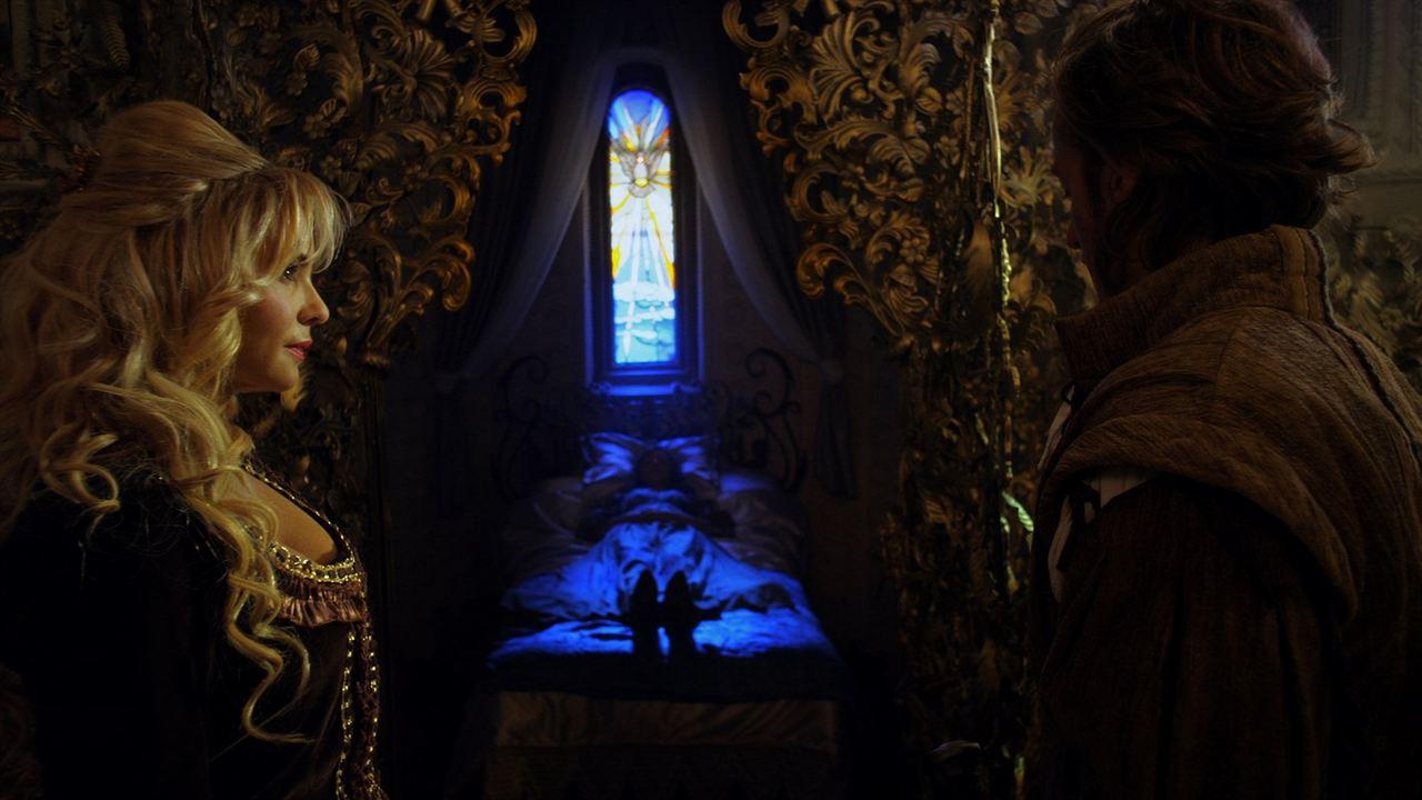 La Belle au bois dormant : La malédiction: Olivia d'Abo