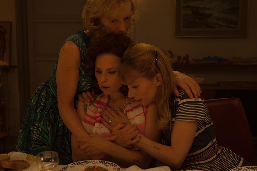A la vie : Photo Anne-Marie Pisani, Johanna ter Steege, Julie Depardieu