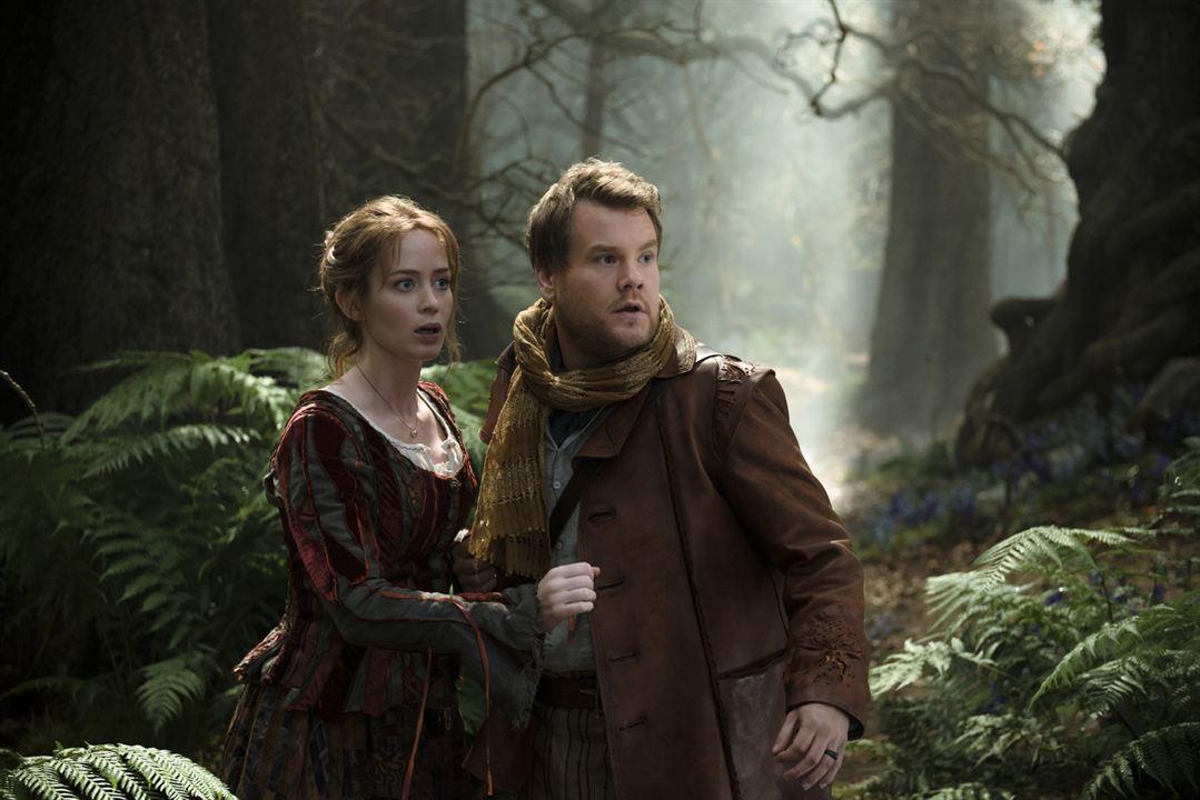 Into the Woods, Promenons-nous dans les bois: Emily Blunt, James Corden