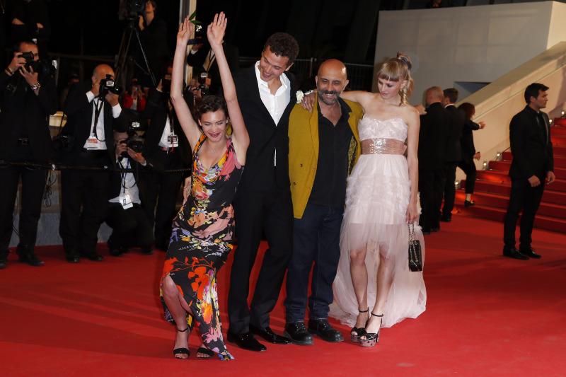 Love : Photo promotionnelle Aomi Muyock, Gaspar Noé, Karl Glusman, Klara Kristin
