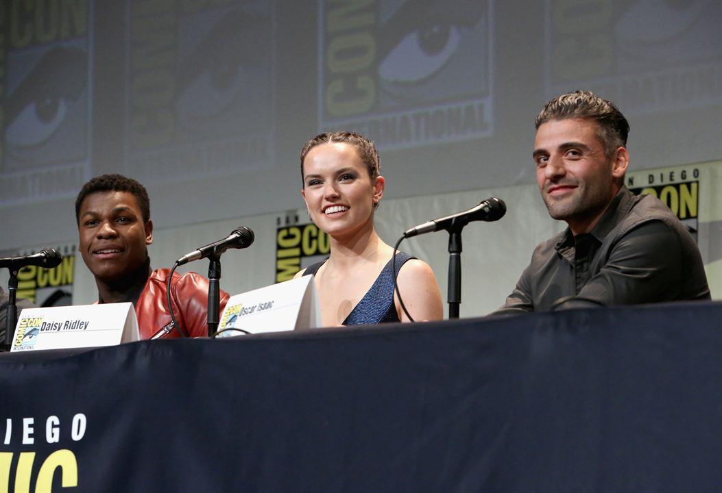 Star Wars - Le Réveil de la Force : Photo promotionnelle Daisy Ridley, John Boyega, Oscar Isaac