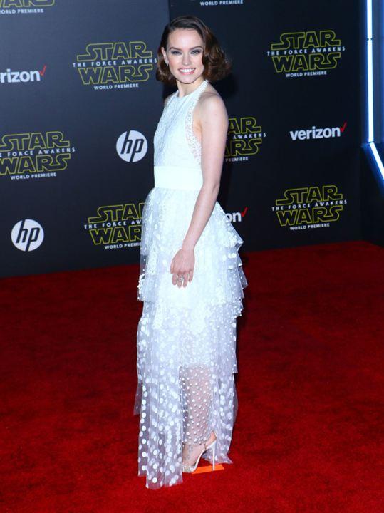 Star Wars - Le Réveil de la Force : Photo promotionnelle Daisy Ridley