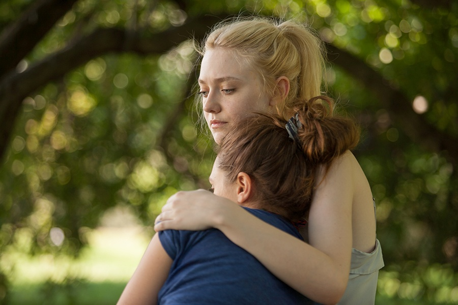 Very Good Girls: Dakota Fanning