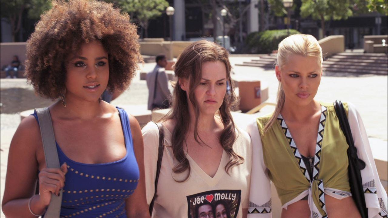Dorfman in Love: Hayley Marie Norman, Sophie Monk, Sara Rue