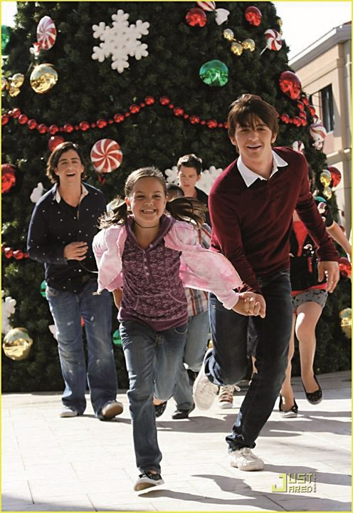 Joyeux Noël, Drake et Josh (TV) : Photo Bailee Madison, Drake Bell, Josh Peck
