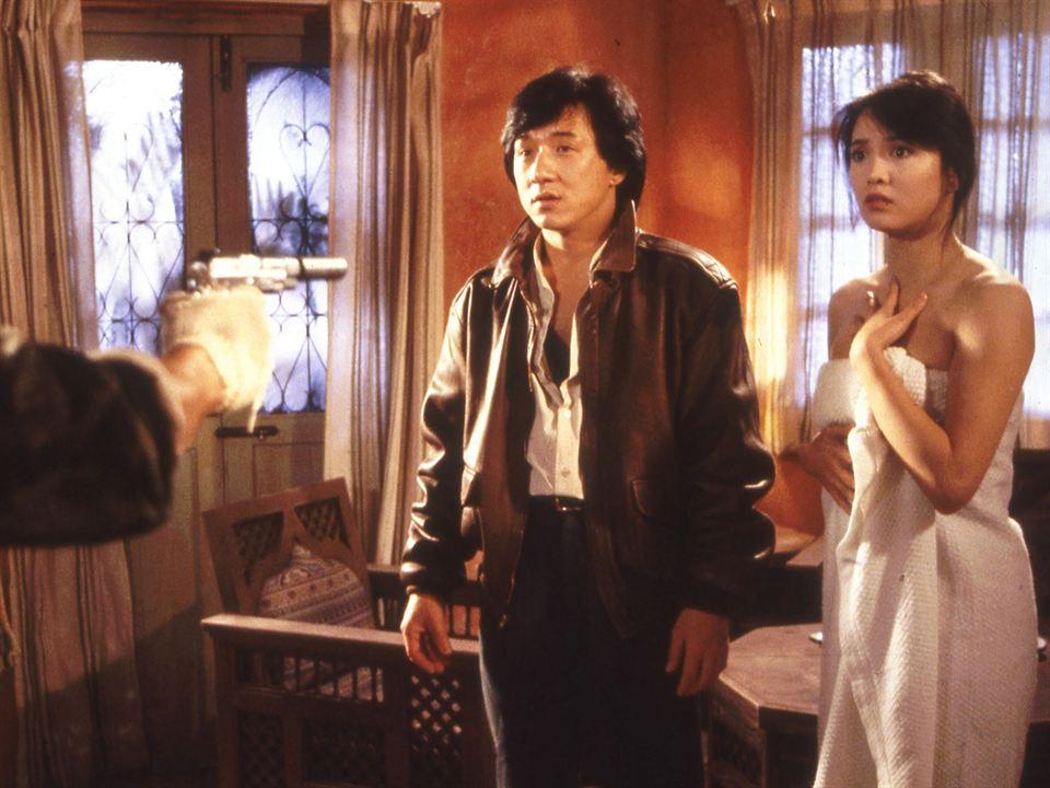 Opération Condor: Carol Cheng, Jackie Chan